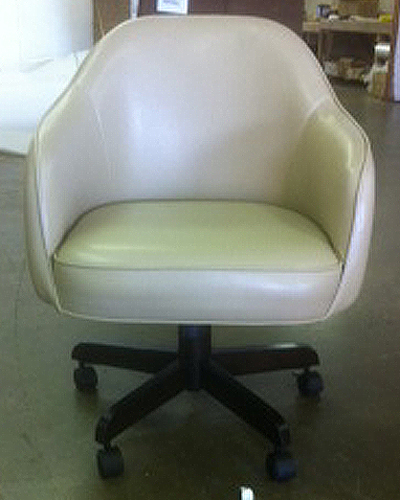 Ordinaire Jesse Caster Wheels Barrel Chair With Arms
